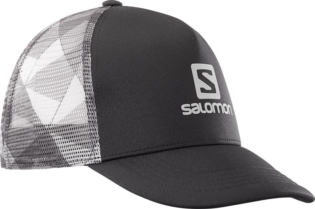 Бейсболка Salomon Cap Summer Logo Cap M, цвет: черный. L40046700. Размер универсальныйL40046700Бейсболка Salomon является отличным аксессуаром для занятий спортом. Удобная и практичная, она обеспечит вам надежную защиту от неблагоприятных погодных условий. Сетчатая конструкция обеспечивает циркуляцию воздуха в жаркие дни. Регулируется по объему головы.