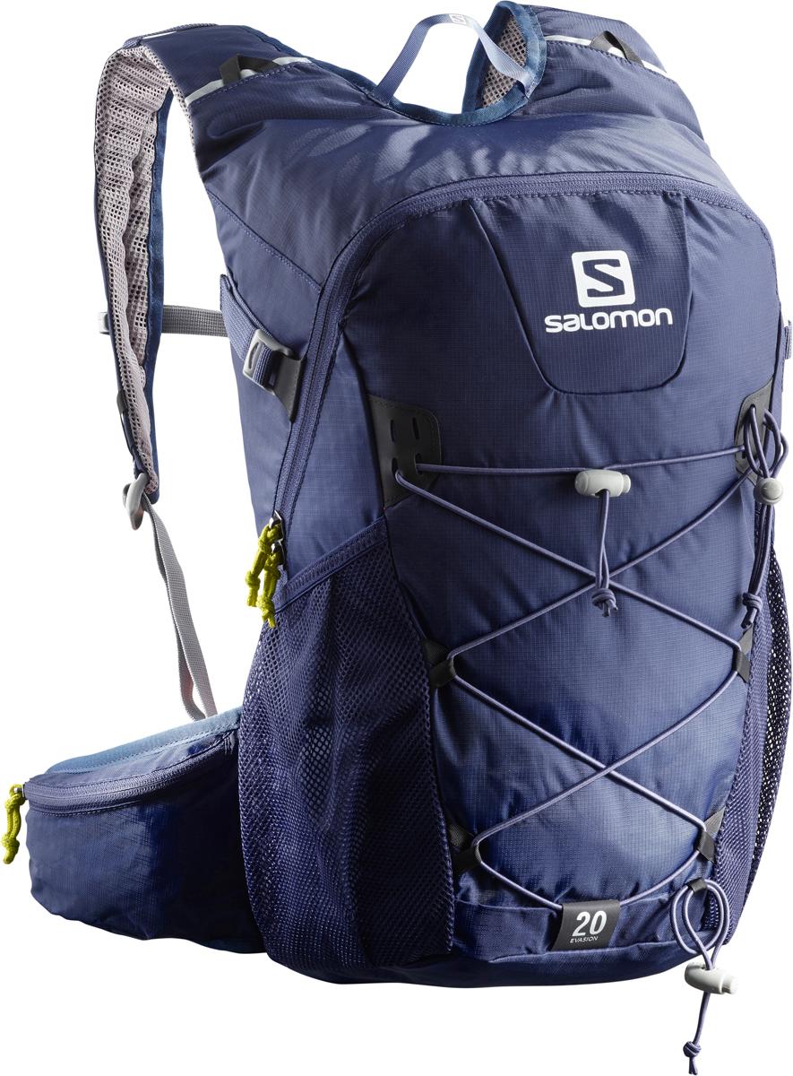 Рюкзак спортивный Salomon Bag Evasion 20, цвет: синий. L40164200L40164200;L40164200С рюкзаком Bag Evasion 20 дневные походы превращаются в настоящее искусство. Устойчивый и удобный рюкзак имеет удобную систему переноски палок и тщательно подобранных аксессуаров для отличного дня на тропе. Низкий вес. Этот суперлегкий рюкзак настолько удобно сидит, что кажется еще легче. Благодаря системе Airvent Agility Back System и легким материалам с Bag Evasion 20 вы сможете подниматься в гору еще быстрее. Устойчивость.Независимо от того, как быстро вы перемещаетесь по маршруту, этот рюкзак будет искушать вас двигаться еще быстрее. Спинка Airvent Agility с набивкой и широкий пояс на талии обеспечивают устойчивость даже на самой высокой скорости. Прочность. Даже наши самые легкие рюкзаки отличаются прочностью. В этом случае легкость и прочность обеспечены благодаря использованию ткани мини-рипстоп и усиленного материала плотностью 200 денье.