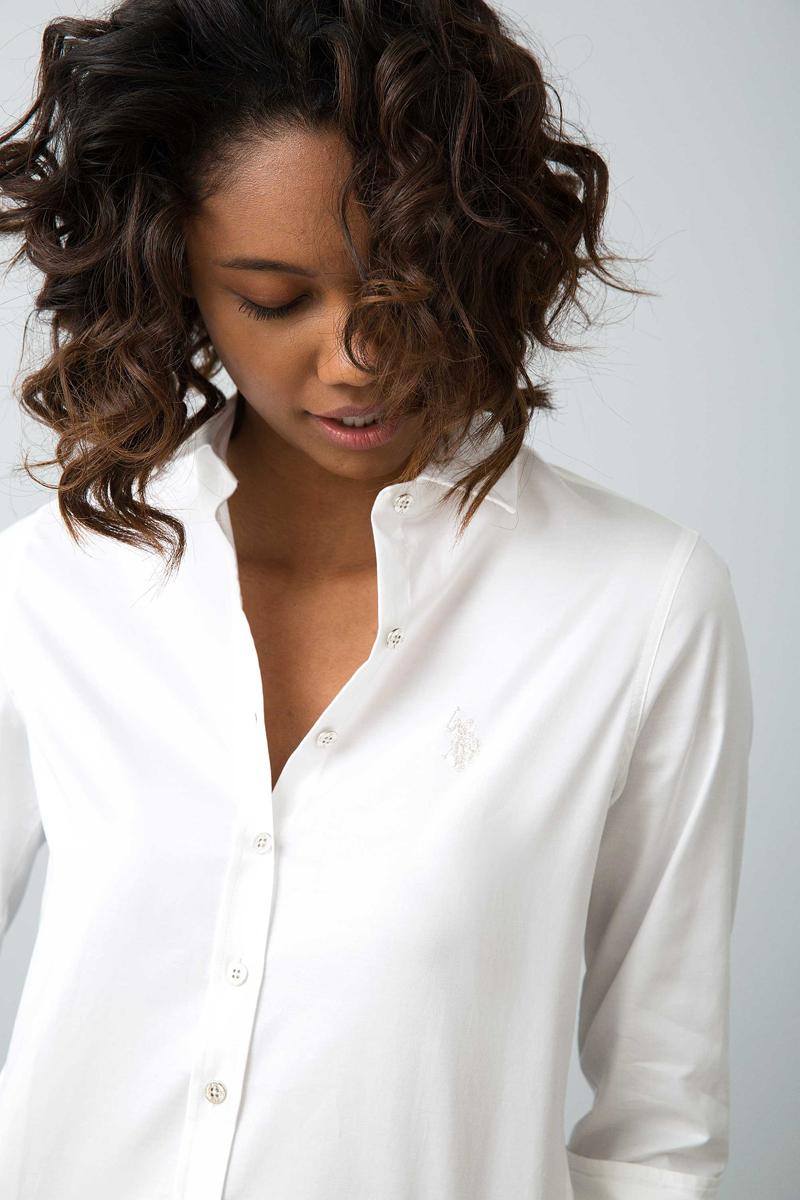 Рубашка женская U.S. Polo Assn., цвет: белый. G082SZ004ZEGNASILVEROX17K. Размер 38 (46)G082SZ004ZEGNASILVEROX17K