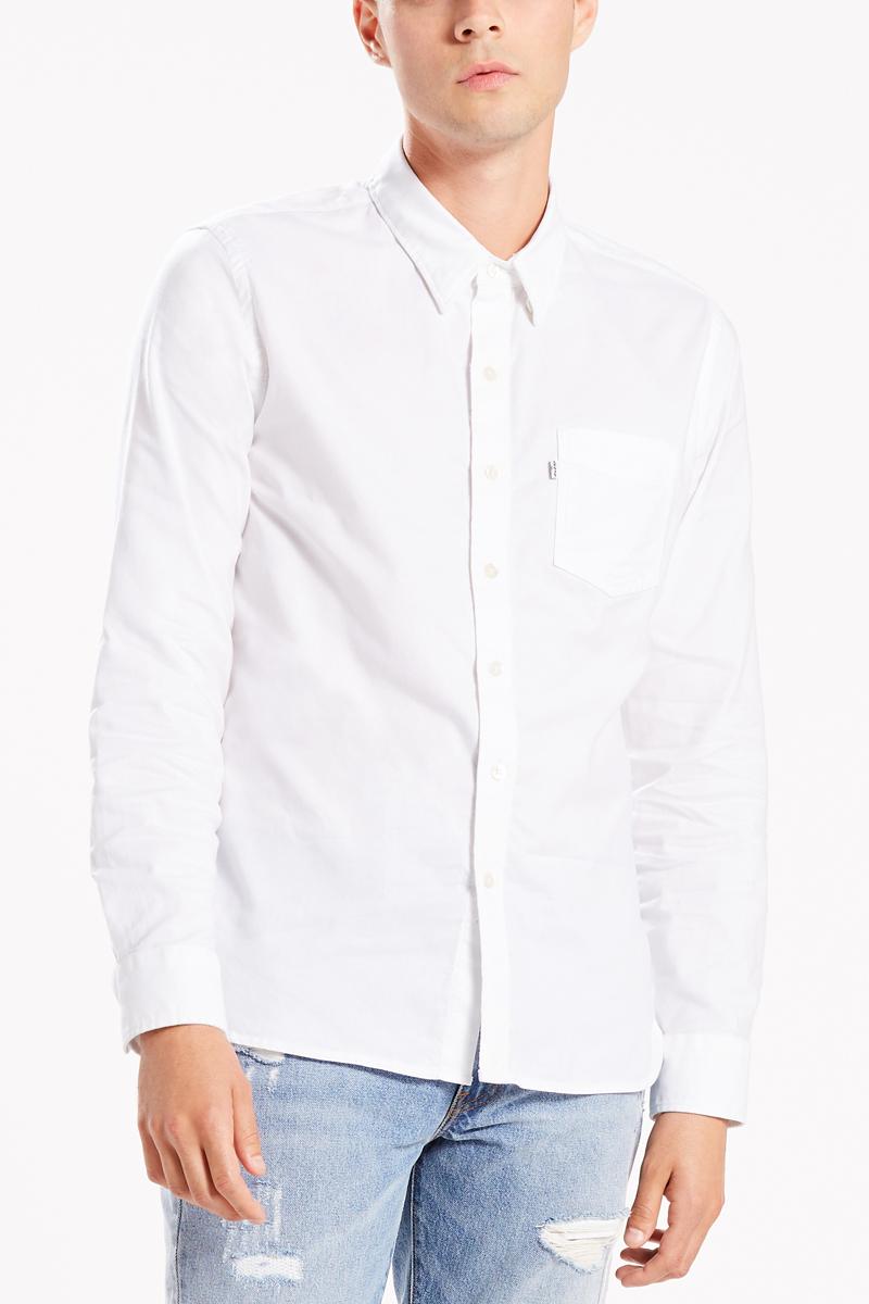 Рубашка мужская Levis®, цвет: белый. 6582403360. Размер XXL (54)6582403360Классическая приталенная рубашка с одним карманом универсальна и никогда не выходит из моды. Модель имеет нагрудный карман, пуговицы из натурального перламутра, петлю сзади, укрепленные вставки, воротник со скрытой пуговицей и бантовую складку на спинке.