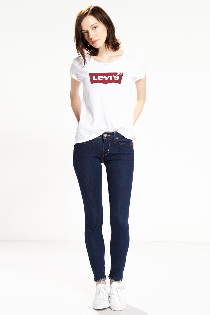 Футболка женская Levis®, цвет: белый. 1736900530. Размер XL (50)1736900530Самая знаменитая футболка из мягкого трикотажа стандартного кроя с легендарным логотипом бренда.
