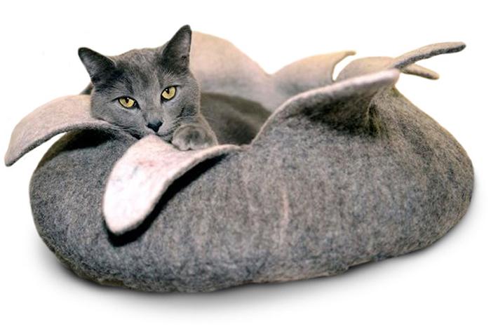 Корзина для животных Dharma Dog Karma Cat  Лепестки , цвет: природный, диаметр 14 дюймов - Лежаки, домики, спальные места