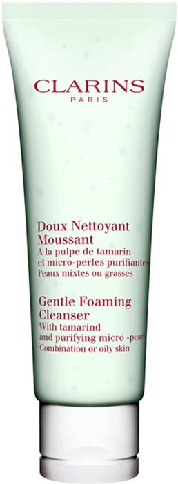 Clarins Очищающий пенящийся крем с экстрактом тамаринда для комбинированной или жирной кожи Doux Nettoyant Moussant, 125 мл01242100Этот нежный, как молочко и эффективный, как мыло крем тщательно, но бережно очищает кожу, легко смывается водой и нейтрализует действие содержащихся в ней известковых примесей, вызывающих сухость кожи. А входящие в состав формулы фруктовые кислоты тамаринда очищают поры, улучшают текстуру кожи и матируют ее.