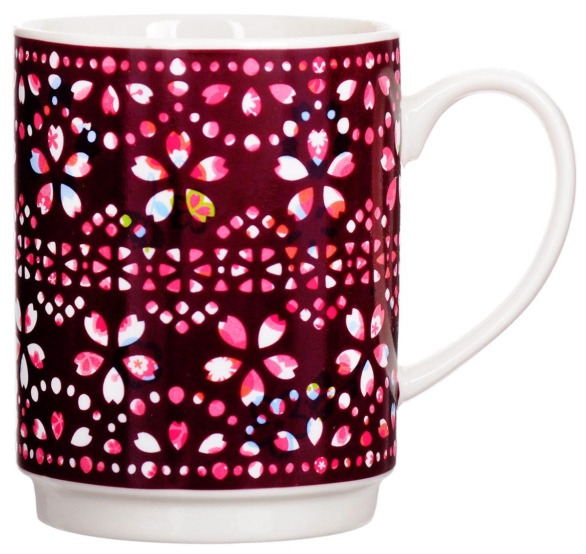 """Кружка """"Bohmann"""" изготовлена из высококачественного фарфора и оформлена красочным  цветочным узором. При нагревании или при заполнении горячей водой кружка меняет рисунок и  цвет.  Оригинальная кружка порадует вас ярким дизайном и станет неизменным атрибутом чаепития.  Прекрасно подойдет в качестве сувенира.  Диаметр кружки: 7,5 см.  Высота: 9,5 см."""