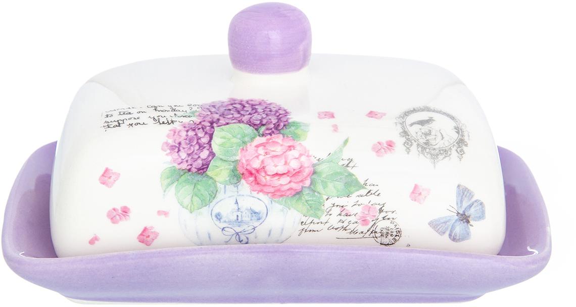 Масленка Elan Gallery Гортензия, 9 х 12,7 х 17,3 см720215Масленка, выполненная из керамики, предназначена для хранения масла, она сохранит его натуральный запах и насыщенный вкус при хранении в холодильнике. А на столе будет смотреться просто замечательно!