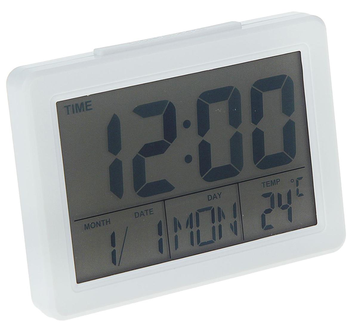 Часы-будильник Luazon Home. 11634521163452Электронные часы-будильник удобны в использовании и многофункциональны, а их классический дизайн прекрасно впишется в любой интерьер. Лёгкая настройка обеспечивается кнопками, расположенными на обратной стороне прибора. На дисплее отображается дата, время и температура воздуха в помещении. Подсветка экрана и чёткая индикация цифр гарантируют их видимость даже из дальних углов комнаты. Кнопки подсветки дисплея и повтора звонка будильника удобно расположены на верхней панели устройства. Характеристики Индикатор времени, даты, недели. Календарь (2000?2099г.г.). 12 и 24-часовой формат отображения времени. Режим будильника и повтора звонка будильника. Термометр (°С/°F). Функция таймера. Светодиодная подсветка. Режим мирового времени (возможность установить время 16 мегаполисов). Режим выбора языка (возможность отображения информации на 7 языках). Работает от 2 батареек АА (в комплект не входят). Гарантия: 6 месяцев. С электронным будильником LuazON вы точно не проспите!