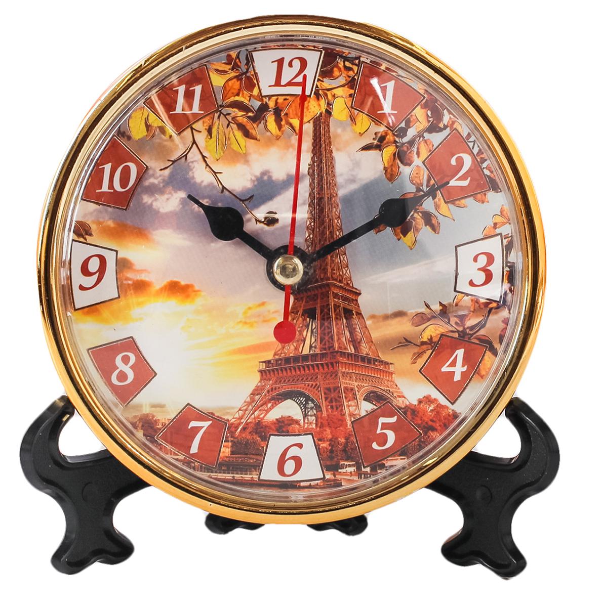 Часы настольные Осень, 10 х 10 см. 21865792186579Каждому хозяину периодически приходит мысль обновить свою квартиру, сделать ремонт, перестановку или кардинально поменять внешний вид каждой комнаты. Часы настольные Осень — привлекательная деталь, которая поможет воплотить вашу интерьерную идею, создать неповторимую атмосферу в вашем доме. Окружите себя приятными мелочами, пусть они радуют глаз и дарят гармонию.