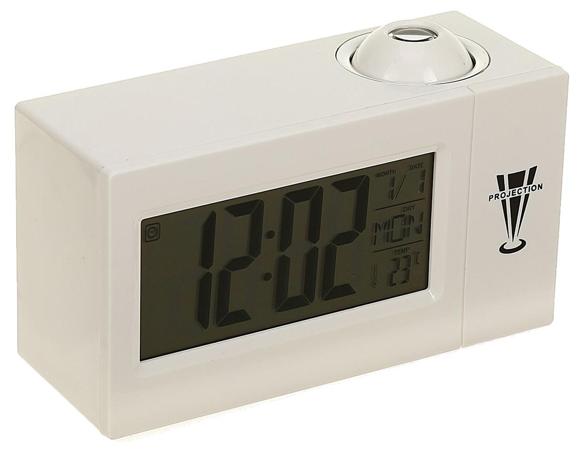 Часы-будильник Luazon Home. 23723892372389Проекционные часы отображают на дисплее время, дату, месяц и день недели, а также температуру воздуха в помещении. Время может проецироваться на потолок, что особенно удобно вечером и ночью. Кнопки на обратной стороне позволяют легко настраивать часы: вы без труда установите будильник и повтор сигнала. Характеристики: определение температуры воздуха; низкое энергопотребление; питание от 3 батареек АА (в комплект не входят).