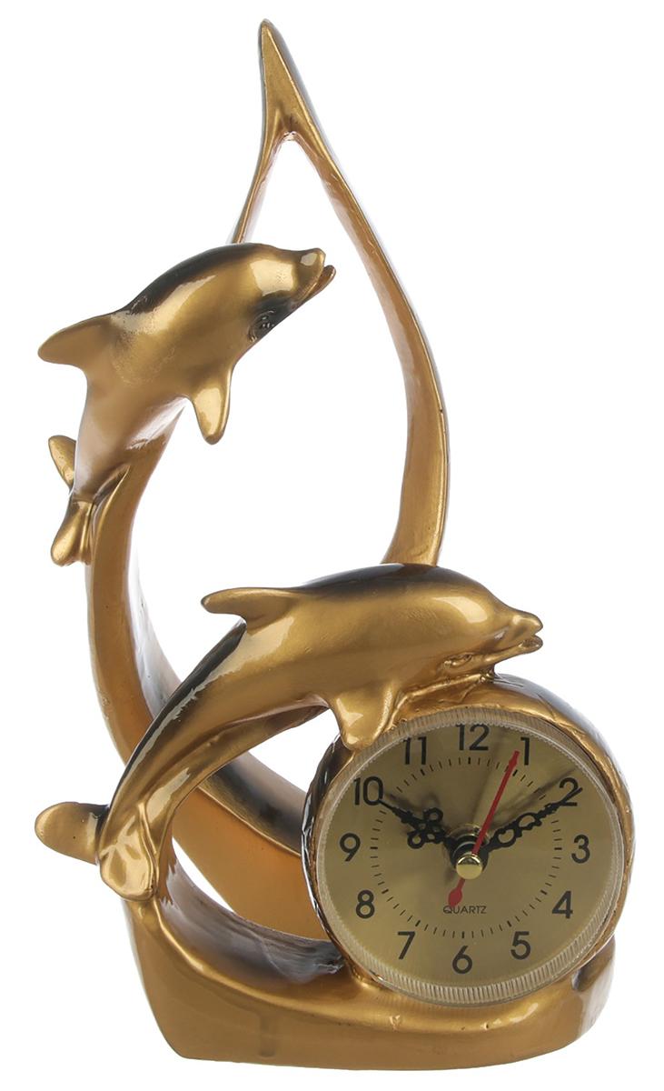 Часы настольные Парочка дельфинов, 15 х 23 см. 27705822770582Каждому хозяину периодически приходит мысль обновить свою квартиру, сделать ремонт, перестановку или кардинально поменять внешний вид каждой комнаты. — привлекательная деталь, которая поможет воплотить вашу интерьерную идею, создать неповторимую атмосферу в вашем доме. Окружите себя приятными мелочами, пусть они радуют глаз и дарят гармонию.
