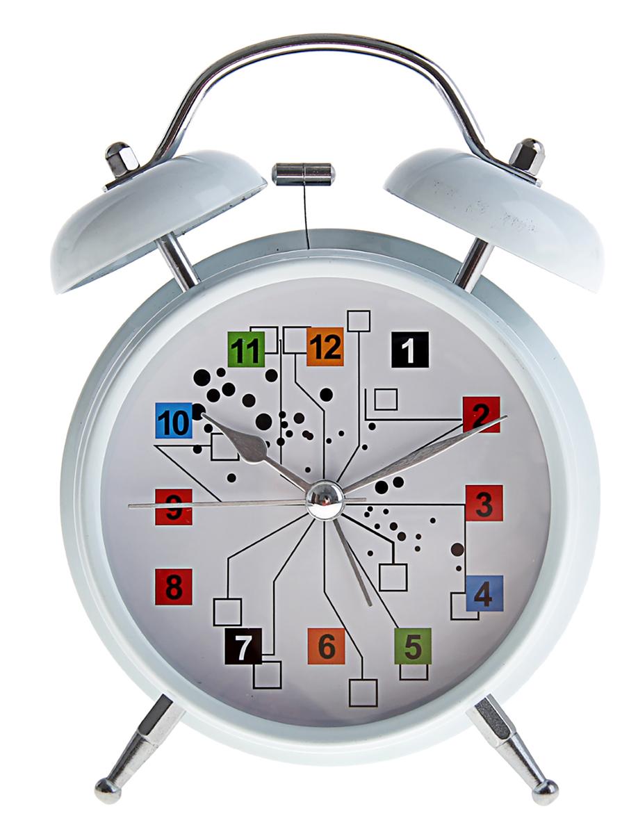 Будильник Цифры в кубиках, диаметр 11,5 см. 669602669602Каждому хозяину периодически приходит мысль обновить свою квартиру, сделать ремонт,перестановку или кардинально поменять внешний вид каждой комнаты. Будильник -привлекательная деталь, которая поможет воплотить вашу интерьерную идею, создатьнеповторимую атмосферу в вашем доме.Окружите себя приятными мелочами, пусть онирадуют глаз и дарят гармонию.