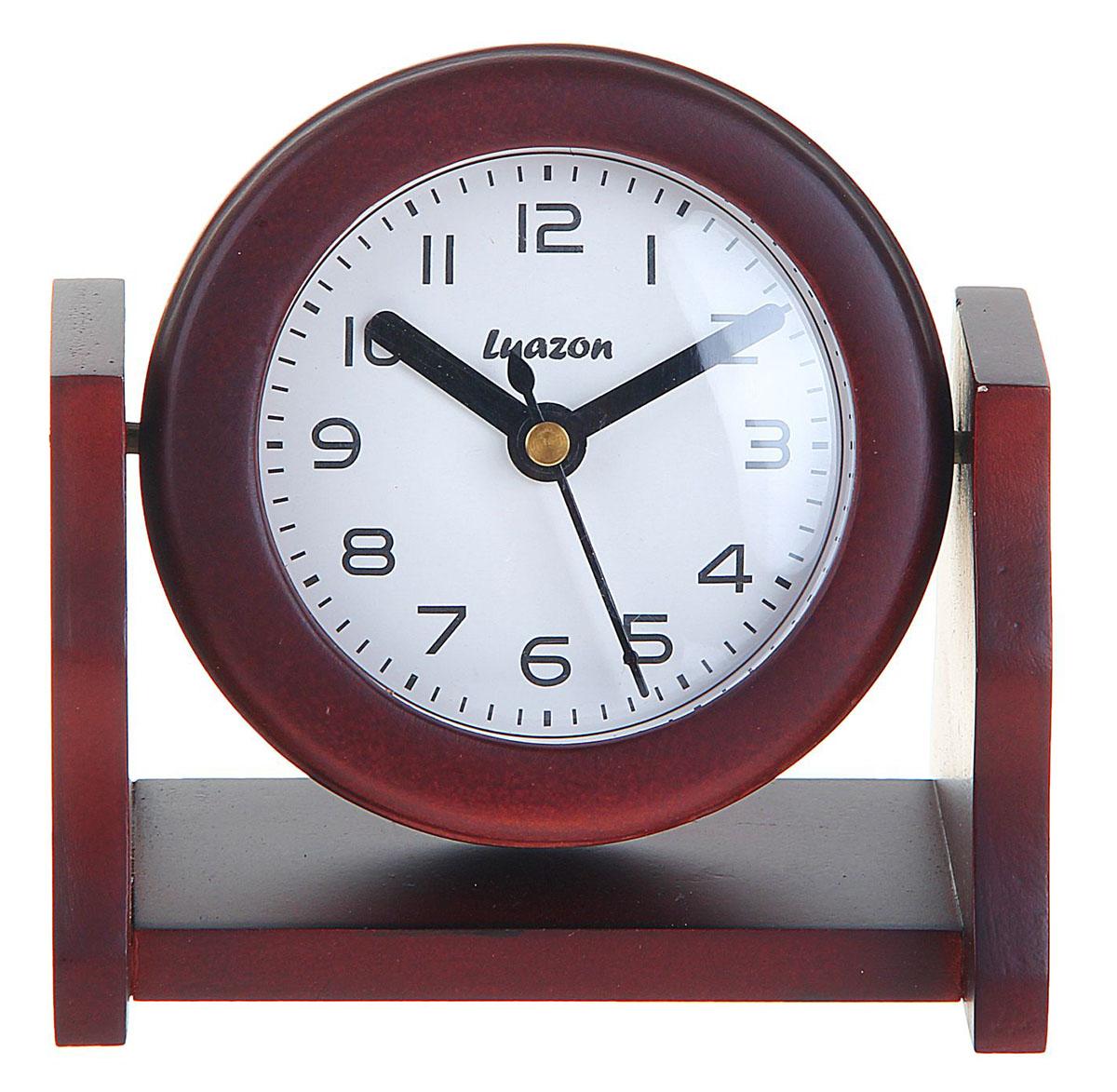 Часы настольные Дерево. Круг, 11,5 х 8 см. 872884872884Каждому хозяину периодически приходит мысль обновить свою квартиру, сделать ремонт, перестановку или кардинально поменять внешний вид каждой комнаты. Часы Дерево, Круг на вращающейся подставке, сосна — привлекательная деталь, которая поможет воплотить вашу интерьерную идею, создать неповторимую атмосферу в вашем доме. Окружите себя приятными мелочами, пусть они радуют глаз и дарят гармонию.