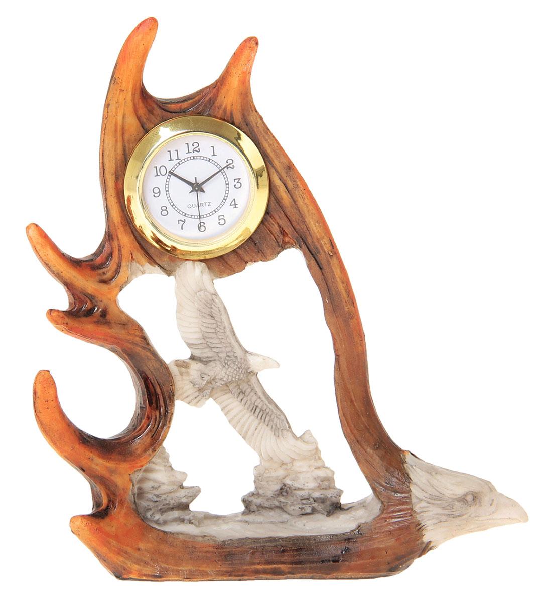 Часы настольные Орел в полете, 11 х 15 см. 872891872891Каждому хозяину периодически приходит мысль обновить свою квартиру, сделать ремонт, перестановку или кардинально поменять внешний вид каждой комнаты. Часы настольные Орёл в полёте — привлекательная деталь, которая поможет воплотить вашу интерьерную идею, создать неповторимую атмосферу в вашем доме. Окружите себя приятными мелочами, пусть они радуют глаз и дарят гармонию.