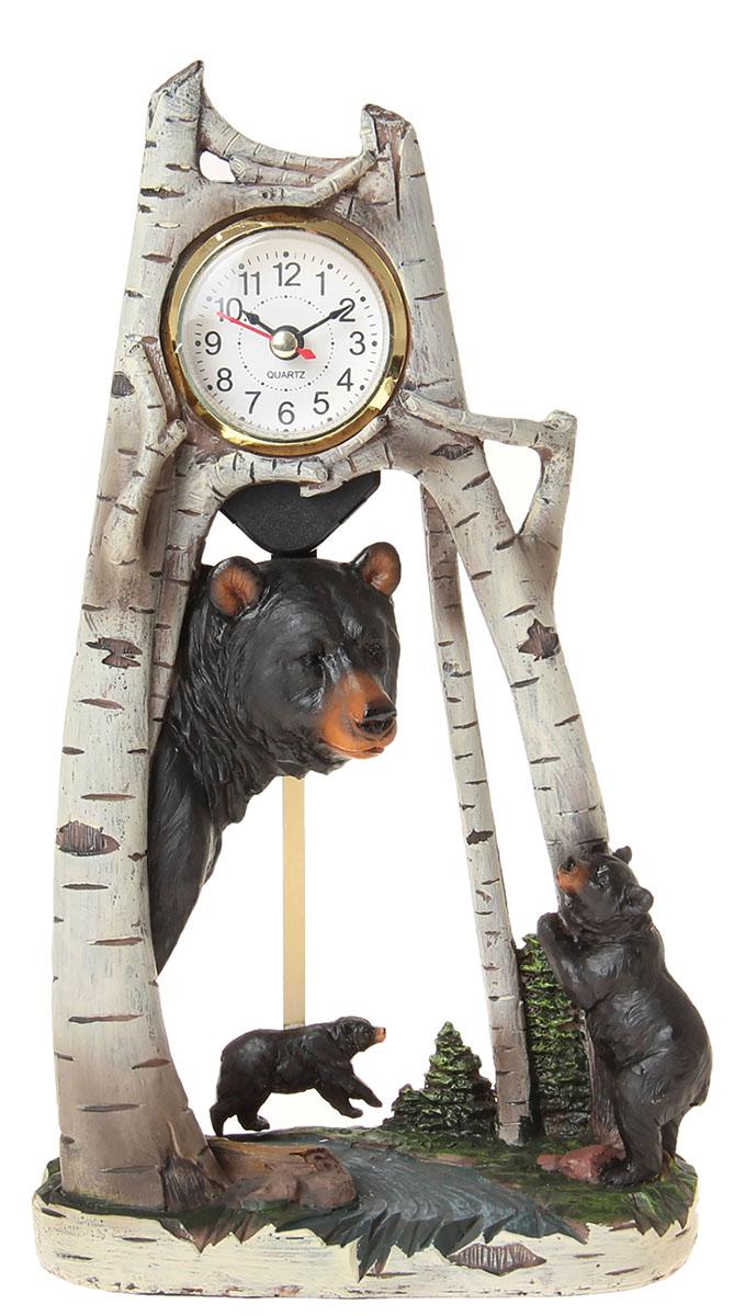 Часы настольные Мишки в лесу, 18,5 х 30 см. 872903872903Каждому хозяину периодически приходит мысль обновить свою квартиру, сделать ремонт, перестановку или кардинально поменять внешний вид каждой комнаты. Часы настольные Мишки в лесу — привлекательная деталь, которая поможет воплотить вашу интерьерную идею, создать неповторимую атмосферу в вашем доме. Окружите себя приятными мелочами, пусть они радуют глаз и дарят гармонию.