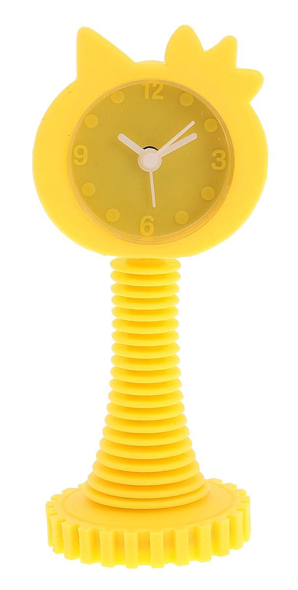 Будильник Киска в короне, цвет: желтый 5 х 12,5 см. 872913872913Каждому хозяину периодически приходит мысль обновить свою квартиру, сделать ремонт, перестановку или кардинально поменять внешний вид каждой комнаты. Будильник на пружинке Киска, цвет желтый — привлекательная деталь, которая поможет воплотить вашу интерьерную идею, создать неповторимую атмосферу в вашем доме. Окружите себя приятными мелочами, пусть они радуют глаз и дарят гармонию.