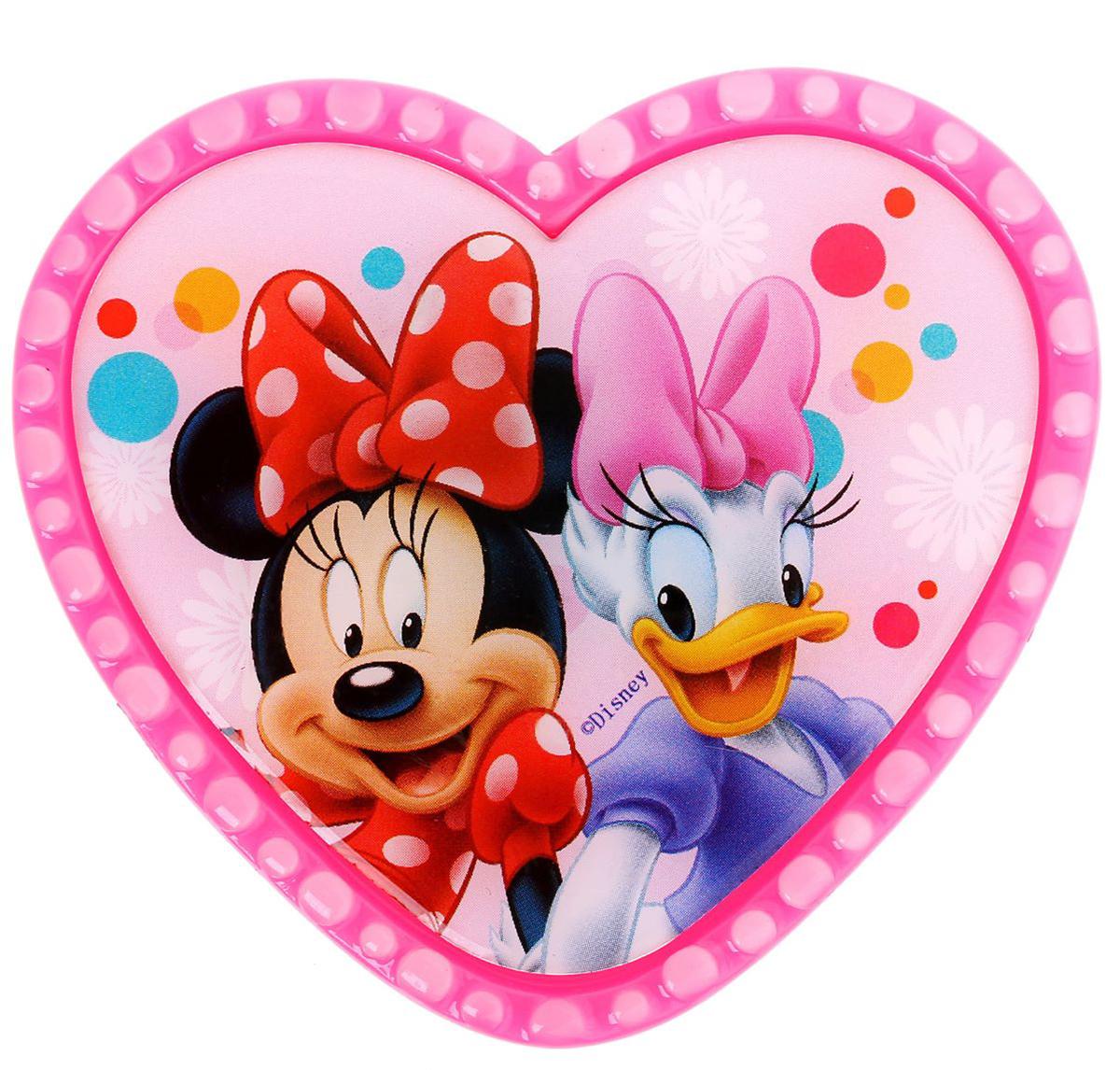 Магнит-рамка Disney Минни и Дэйзи, 6,8 х 6,1 см. 12568481256848Дарите радость с Disney Удивите малышей уникальным сувениром с любимым персонажем! Он порадует ребёнка стильным дизайном и ярким исполнением. Красочный акриловый магнит будет долгие годы украшать холодильник или другую металлическую поверхность. Изделие дополнено оригинальной открыткой, где можно написать тёплые слова и сделать маленький подарок более личным. Соберите коллекцию аксессуаров с любимыми героями!