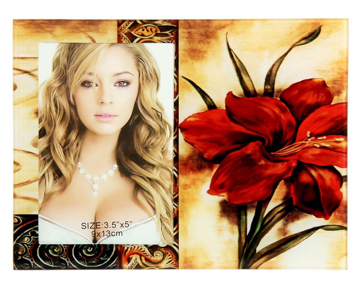 Фоторамка Бордовая лилия, 9 х 13 см. 480443480443Фоторамка Бордовая лилия сохранит самые прекрасные моменты вашей жизни.Характеристики: Материал: стеклоРазмер: 9 х 13 см.