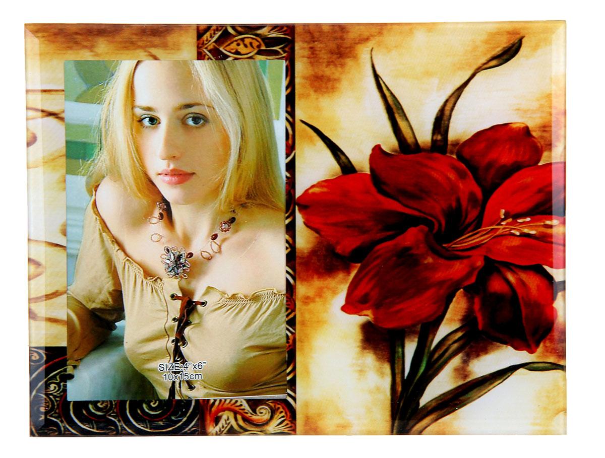Фоторамка Бордовая лилия, 10 х 15 см. 480454480454Фоторамка Бордовая лилия сохранит самые прекрасные моменты вашей жизни.Характеристики: Материал: стеклоРазмер: 10 х 15 см.