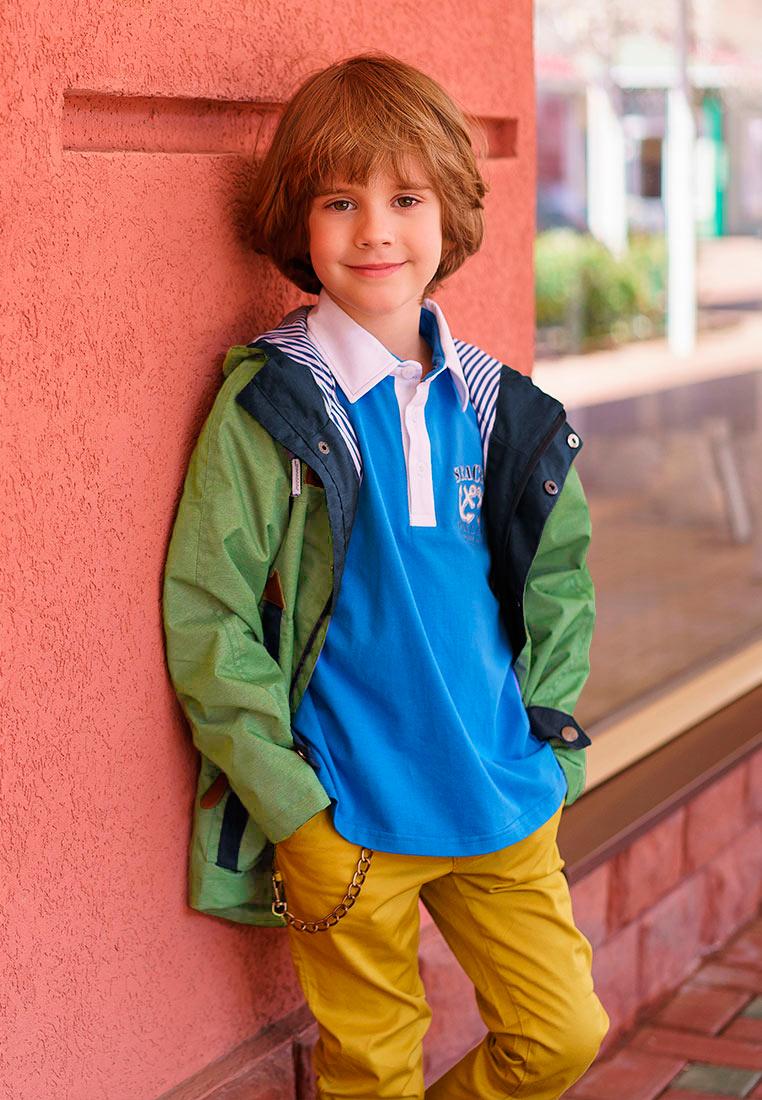 Куртка для мальчика Oldos Винсент, цвет: оливковый, темно-синий. 3O8JK08-2. Размер 134, 9 лет3O8JK08-2Стильная куртка для юных модников от OLDOS. Внешняя ткань с водо-грязеотталкивающей пропиткой защищает от ветра и дождя. Принтованная подкладка из бязи - 65% полиэстер, 35% хлопок. Куртка хорошо защитит от ветра благодаря капюшону с регулируемой утяжкой на х/б шнуре, двойной ветрозащитной планке по всей длине молнии с защитой подбородка, манжетам на кнопке, регулировке по низу куртки. Карманы накладные на молнии. Светоотражающие элементы.