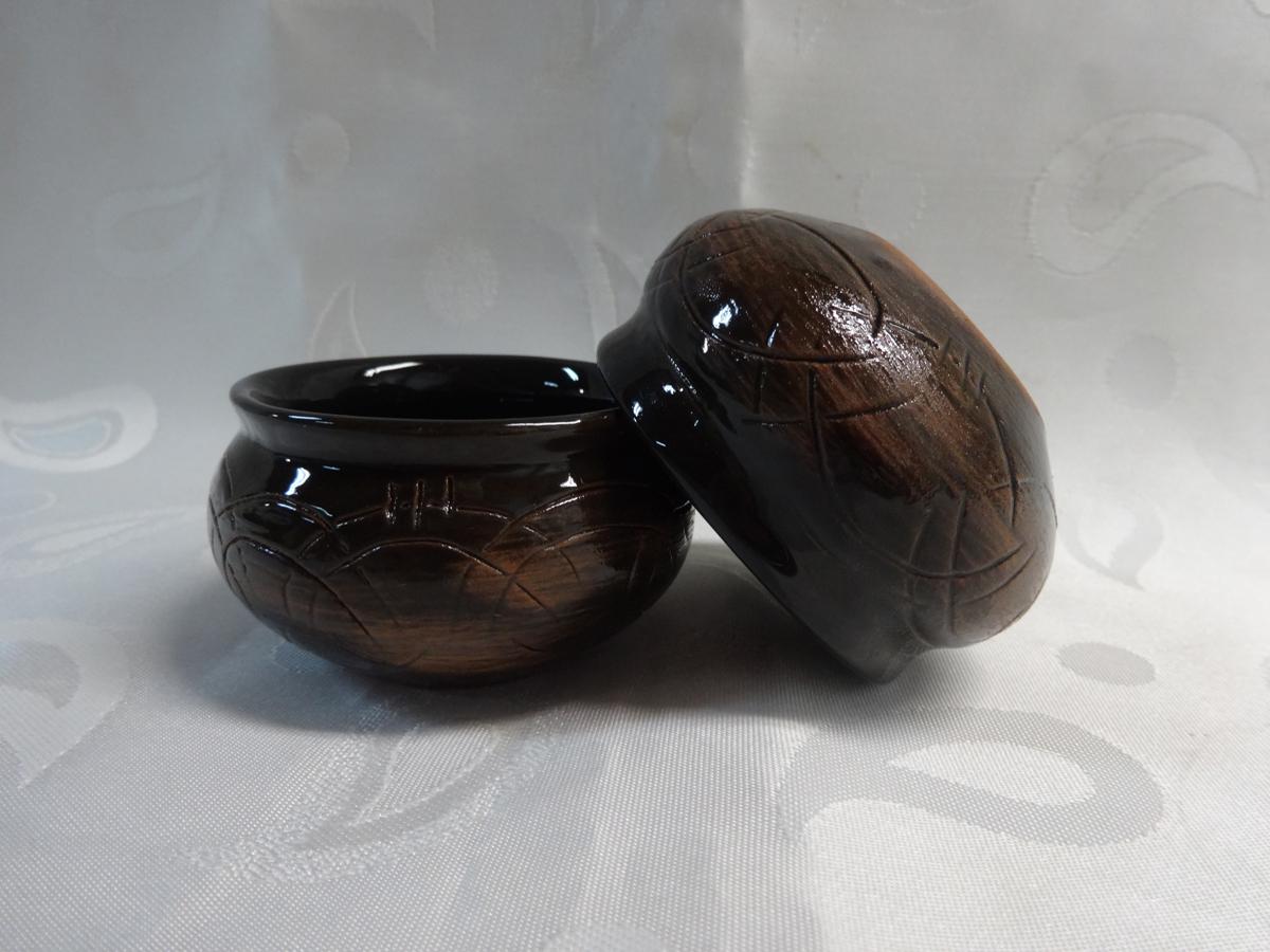 Розетка Борисовская керамика Скифская, 50 мл. СТР00002124СТР00002124Розетка Борисовская керамика Скифская изготовлена из керамики. Изделие отлично подойдет для подачи на стол меда, варенья, соуса,сметаны и многого другого. Такая розетка украсит ваш праздничный или обеденный стол, а яркое оформление понравится любой хозяйке.