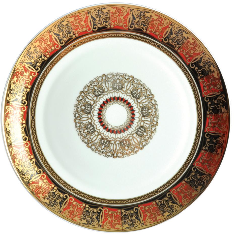 Тарелка плоская Royal Aurel Дерби, диаметр 25 см626/1Фарфор Royal Aurel отличается исключительной белизной, что объясняется уникальными компонентами и традиционной технологией, по которой он был изготовлен. Белая глина из провинции Фуцзянь и традиционные рецепты китайских мастеров создают неповторимую композицию. Дизайн коллекций выполнен в соответствии с актуальными европейскими тенденциями.