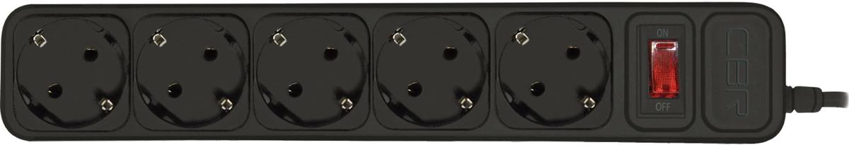 CBR CSF 2500-1.8 PC, Black сетевой фильтрCSF 2500-1.8 Black PCСетевой фильтр CBR CSF 2500на 5розеток будет прекрасным защитником вашей техники отвнезапных перепадов напряжения всети исвязанных сэтим поломок. Сэтим сетевым фильтром выможете небеспокоиться овозможности возникновения пожара вследствие перепадов напряжения, потому что всю мощь электроудара возьмет насебя предохранитель этого фильтра. Контакты исиловой кабель сделаны изпрочных материалов, что дает стойкость кокислению инагреванию, обеспечивая высокую истабильную проводимость тока. Помимо основных функций, сетевой фильтр может использоваться вкачестве удлинителя засчет своего сетевого кабеля длиной 1,8м. Также предусмотрена возможность крепления фильтра настену.