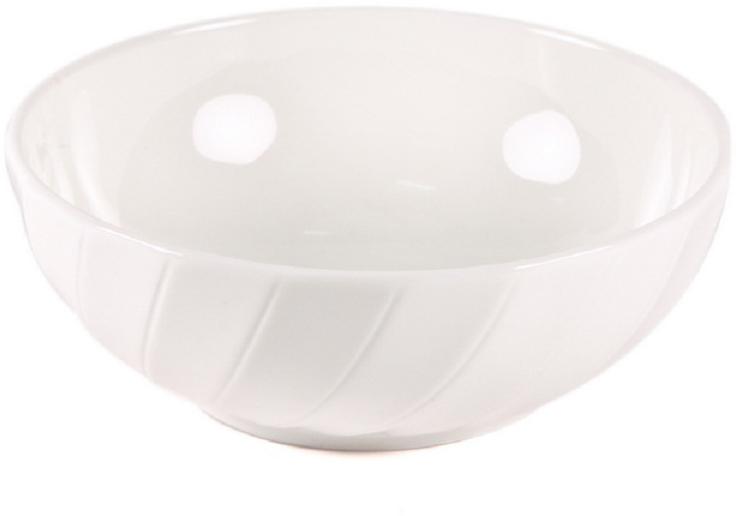 Блюдце для фруктов Nuova Cer Mayfair, цвет: белый, диаметр 12 смB1664Блюдце для фруктов Nuova Cer Mayfair- новый уникальный продукт на рынке фарфора, производится из материала, в состав которого входит алюминиум(глинозем) в виде порошка, что придает фарфору уникальные свойства: белоснежный цвет, как на поверхности, так и на изломе, более тонкие иизящные формы, так как добавление металла делает фарфоровую массу более пластичной, устойчивость к сколам и царапинам.Возможный перепад температур при эксплуатации до 200 градусов!Фарфор покрывается глазурью, что характеризует эту посуду как продукт высшего класса.Идеально подходит для использования в микроволновой печи и посудомоечной машине.