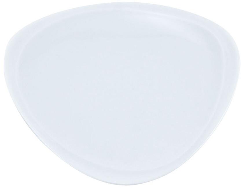 Тарелка Nuova Cer Муд Белое, 16 х 17 смРП-5603WROYAL новый уникальный продукт на рынке фарфора производится из материала, в состав которого входит алюминиум (глинозем) в виде порошка, что придаёт фарфору уникальные свойства: белоснежный цвет, как на поверхности, так и на изломе, более тонкие и изящные формы, так как добавление металла делает фарфоровую массу более пластичной, устойчивость к сколам и царапинам. Возможный перепад температур при эксплуатации до 200 градусов! Фарфор покрывается глазурью, что характеризует эту посуду как продукт высшего класса. Идеально подходит для использования в микроволновой печи и посудомоечной машине