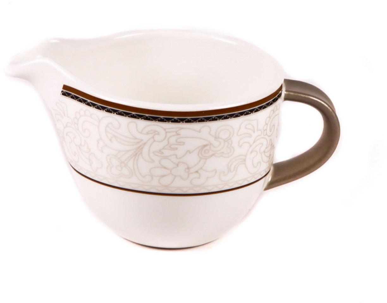 Молочник Royal Porcelain Кассие, 200 млРП-CS8728Элегантный молочник Royal Porcelain, выполненный из высококачественного фарфора с глазурованным покрытием, предназначен для подачи сливок, соуса и молока. Изящный, но в тоже время простой дизайн молочника, станет прекрасным украшением стола.