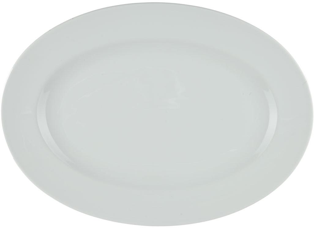 Блюдо Nuova Cer, овальное, 20 смРП-4027ROYAL новый уникальный продукт на рынке фарфора производится из материала, в состав которого входит алюминиум (глинозем) в виде порошка, что придаёт фарфору уникальные свойства: белоснежный цвет, как на поверхности, так и на изломе, более тонкие и изящные формы, так как добавление металла делает фарфоровую массу более пластичной, устойчивость к сколам и царапинам. Возможный перепад температур при эксплуатации до 200 градусов! Фарфор покрывается глазурью, что характеризует эту посуду как продукт высшего класса. Идеально подходит для использования в микроволновой печи и посудомоечной машине