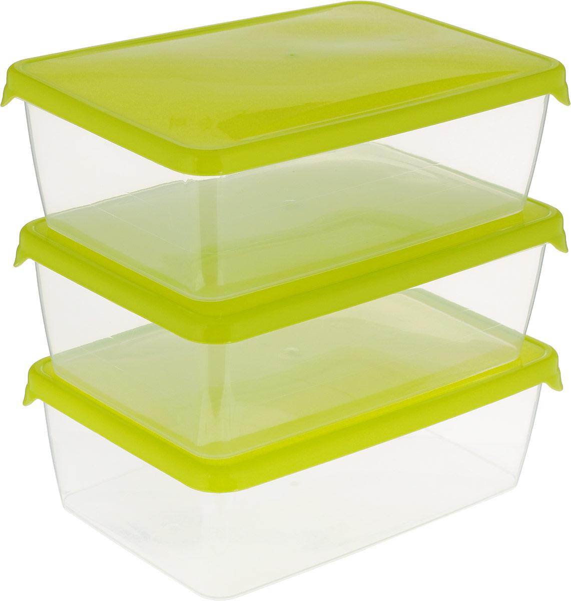Комплект емкостей для продуктов Giaretti Браво, цвет: прозрачный, салатовый, 1,35 л, 3 штGR1044_салатовыйКомплект емкостей для продуктов Giaretti Браво состоит из 3 контейнеров. Емкости изготовлены из пищевого полипропилена и оснащены крышками, которые плотно закрываются, дольше сохраняя продукты свежими. Боковые стенки прозрачные, что позволяет видеть содержимое.Емкости идеально подходят для хранения пищи, фруктов, ягод, овощей.Такой комплект пригодится в любом хозяйстве. Легкие емкости одинаково удобно взять с собой или хранить продукты дома, замораживать ягоды и овощи небольшими порциями. Тонкий, но вместе с тем прочный пластик обеспечивает надежность изделий.