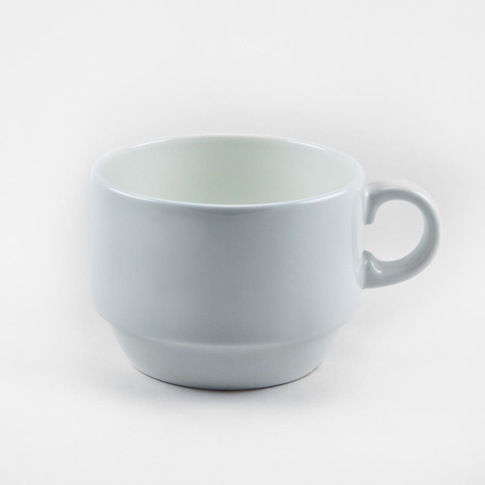 Чашка чайная Royal Porcelain Ascot, 200 млB1013Чашка чайная Royal Porcelain Ascot выполнена из высококачественного фарфора. Нежнейший дизайн и белоснежность изделия дарят ощущение легкости и безмятежности.