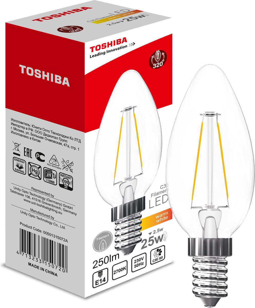 Лампа филаментная Toshiba, теплый свет, цоколь E14, 2,5W, 2700K. 501315072A501315072AФиламентные лампы, хоть и относятся к светодиодным, но и внешне, и конструктивно достаточно сильно от них отличаются. Несведущему человеку вообще может показаться, что это обычная лампа накаливания, только немного со странностями. На самом деле филаментные светодиодные лампы объединили лучшие качества привычных нам лампочек Ильича и современных led-ламп. Результат получился интересный, экономичный, экологичный и глазу весьма приятный. Филамент – основной функциональный элемент такой лампы, представляет собой светодиодную полоску особой конструкции. Внешним видом филаменты напоминают нить, потому некоторые так их и называют – лампочки на светодиодных нитях.