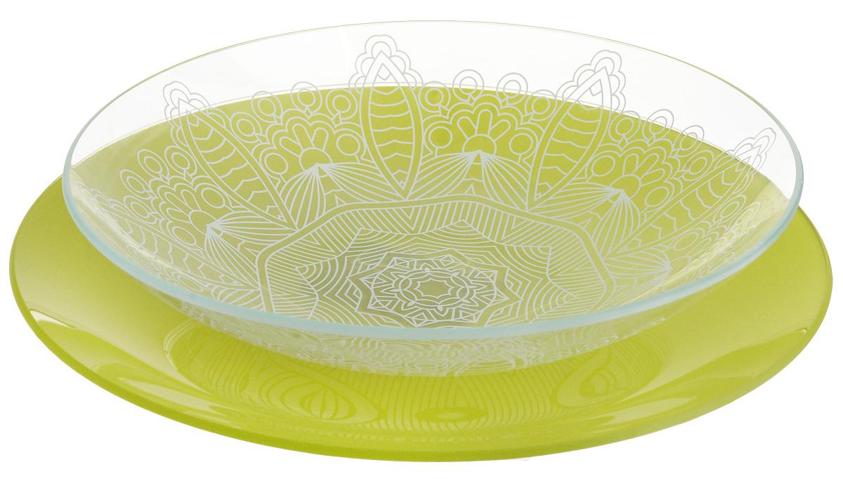 Набор тарелок глубокая NiNaGlass, цвет: зеленый, диаметр 25 см, 2 шт85-225-149псзНабор тарелок NiNaGlass Кружево и Палитра выполнена из высококачественного стекла, декорирована под Вологодское кружево и подстановочная тарелка яркий насыщенный цвет. Набор идеален для подачи горячих блюд, сервировки праздничного стола, нарезок, салатов, овощей и фруктов. Он отлично подойдет как для повседневных, так и для торжественных случаев. Такой набор прекрасно впишется в интерьер вашей кухни и станет достойным дополнением к кухонному инвентарю.