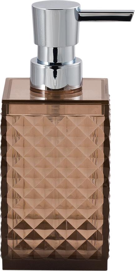 """Пластиковый дозатор для жидкого мыла из коллекции Swensa """"Rapas"""" станет  завершающим аккордом в оформлении ванной комнаты. Изящный узор на  флаконе внесет нотки изысканности. Сочетание материалов прекрасно  подойдет под любой стиль, в котором выполнена ванная комната. Насадка- дозатор специально изготовлена для предотвращения попадания микробов с  рук в емкость."""