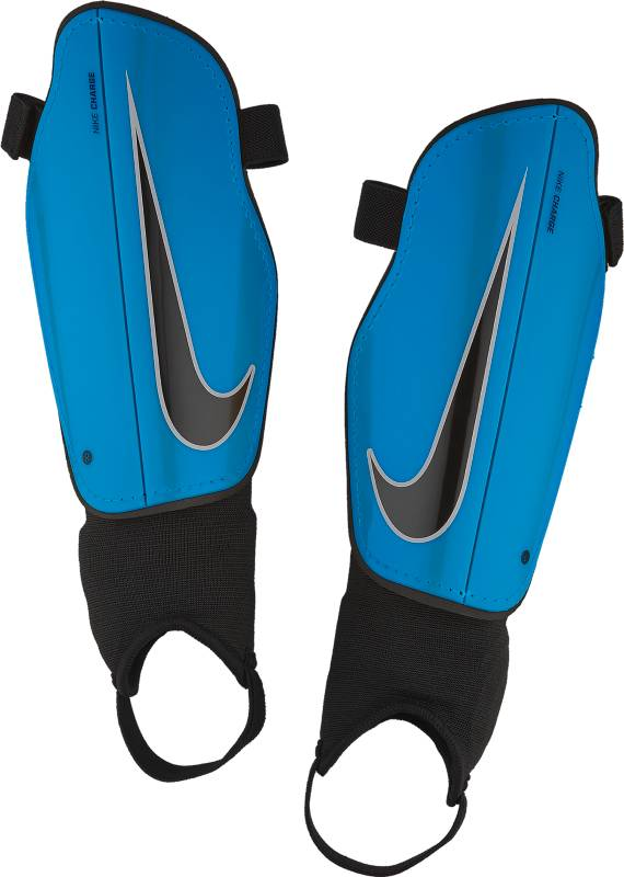 Щитки футбольные детские Nike Charge 2.0, цвет: синий. Размер LSP2079-413Детские футбольные щитки Nike Charge 2.0 обеспечивают дополнительный слой защиты на поле. Анатомическая форма каркаса из полипропилена с низким профилем обеспечивает комфорт, а подкладка из пеноматериала EVA создает дополнительную защиту. Анатомическая форма повторяет контуры голени, а отсутствие застежек обеспечивает оптимальный комфорт. Полипропиленовый каркас с низким профилем защищает от ударных нагрузок. Литая прослойка из пенистого ЭВА для дополнительной защиты там, где это необходимо. Внешние желобки для умеренной гибкости.