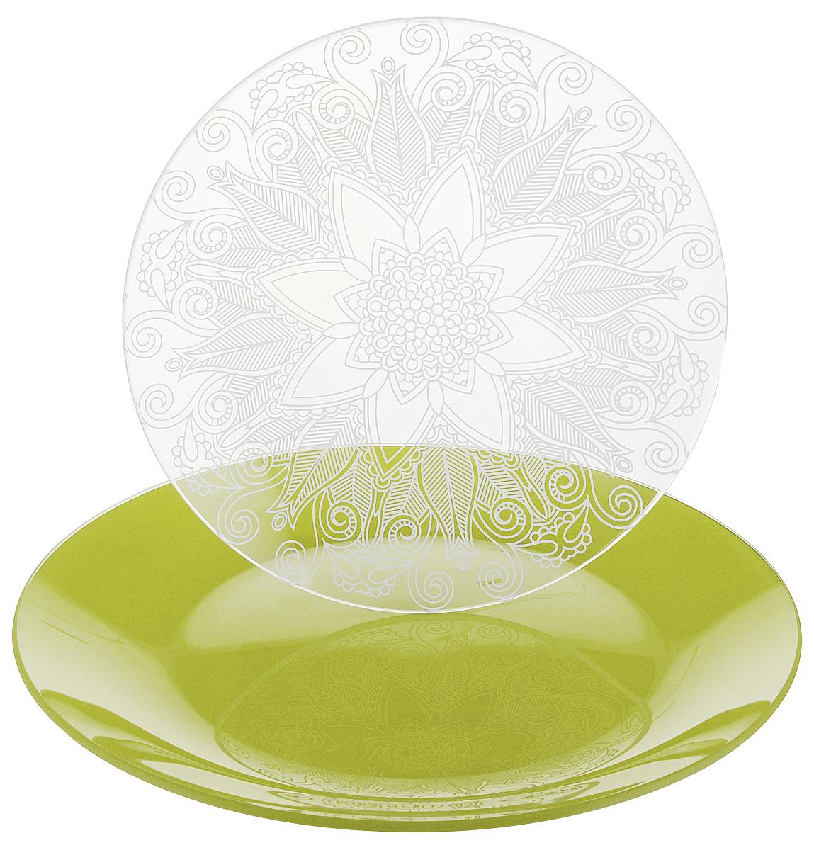 Набор тарелок NiNaGlass, цвет: зеленый, диаметр 20 см, 2 шт. 85-200-145псз85-200-145псзНабор тарелок NiNaGlass Кружево и Палитра выполнена из высококачественного стекла, декорирована под Вологодское кружево и подстановочная тарелка яркий насыщенный цвет. Набор идеален для подачи горячих блюд, сервировки праздничного стола, нарезок, салатов, овощей и фруктов. Он отлично подойдет как для повседневных, так и для торжественных случаев. Такой набор прекрасно впишется в интерьер вашей кухни и станет достойным дополнением к кухонному инвентарю.
