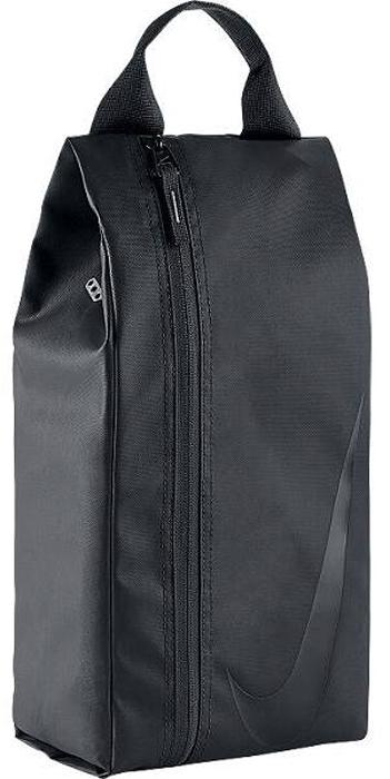 Сумка для футбольной обуви Nike Mens 3.0 Football Shoe Bag, цвет: черный,18 х 48 х 15 смBA5101-001Мужская сумка для футбольной обуви Nike 3.0 из водонепроницаемого материала, вмещает обувь до 13 размера и подходит для использования в любых погодных условиях. Складная конструкция для удобного хранения.