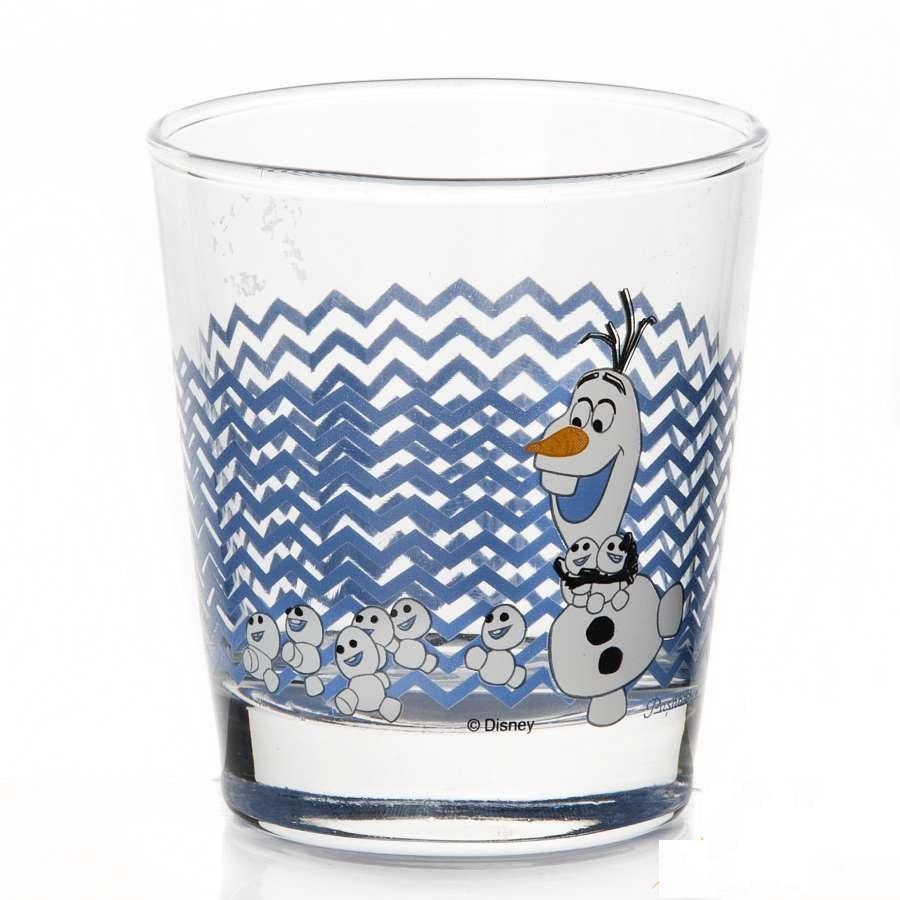 """Стакан Pasabahce """"Холодное сердце"""" выполнен из силикатного стекла.  Стакан прозрачный. На стакане изображен снеговик Олаф.  Объем - 180 мл.  Высота стакана - 80 мм."""