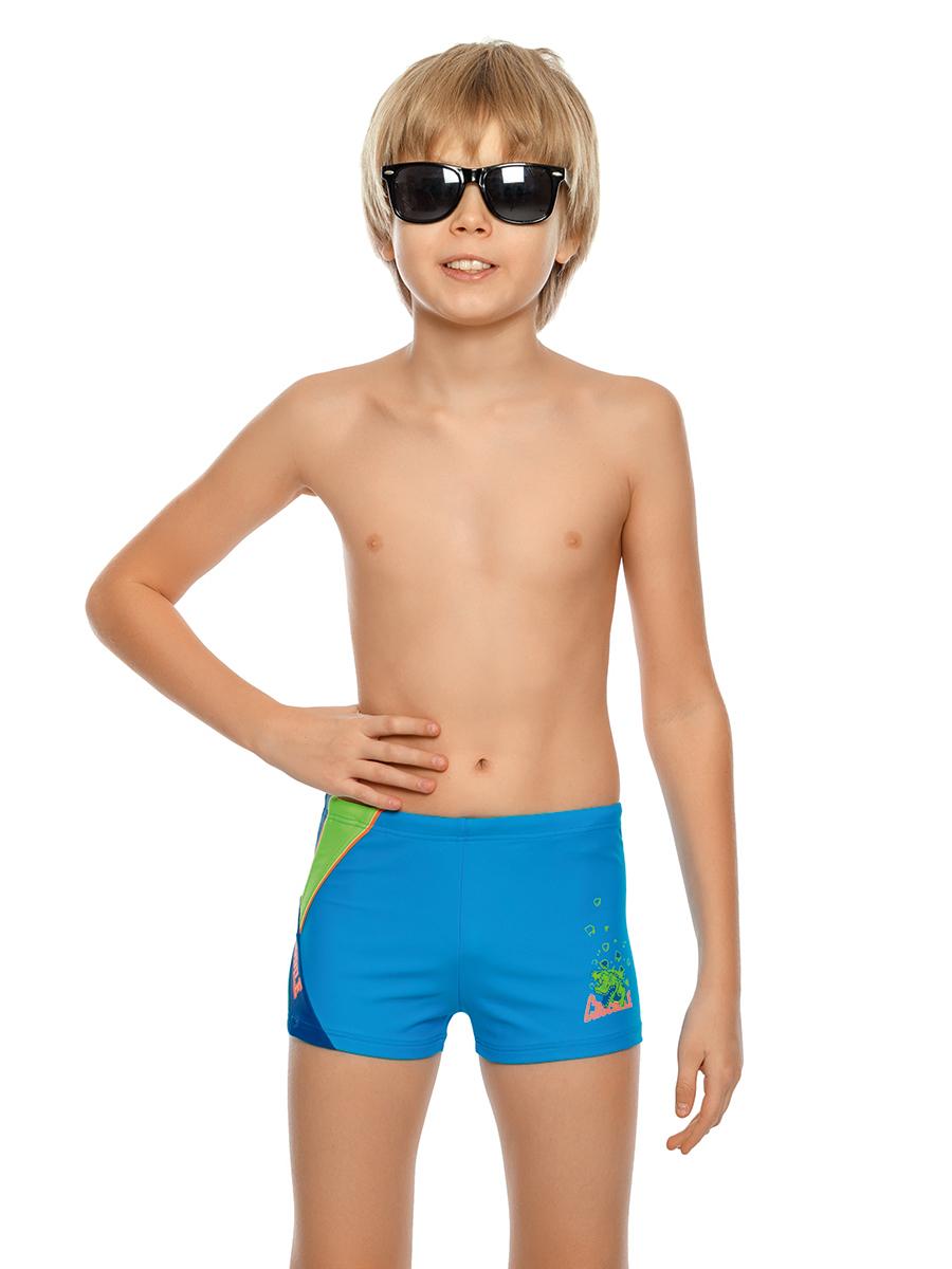 Купальные плавки для мальчика Arina Nirey, цвет: голубой. BX 141805. Размер 140/146BX 141805Спортивные плавки-шортики от Arina Nirey для мальчиков. Модель с поясом запакованного типа, потайным шнурком – для регулировки объема. Модель оформлена резиновым принтом крокодила, надписями Сrocodile и фигурными контрастными вставками сбоку, декорированными кантами. Изделие предназначено для активных занятий спортом на суше и в воде.