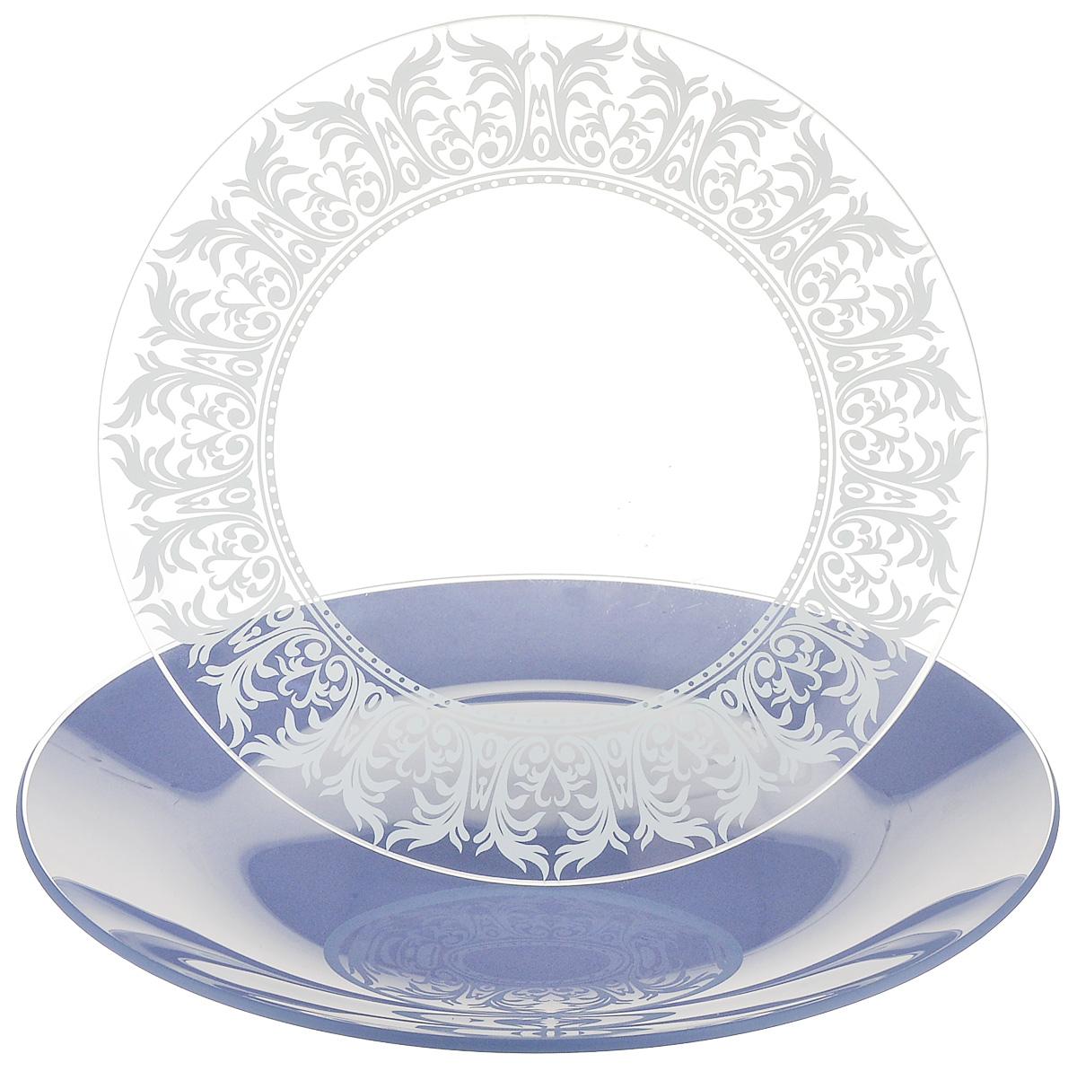 Набор тарелок NiNaGlass, цвет: голубой, диаметр 20 см, 2 шт. 85-200-144пс85-200-144псНабор тарелок NiNaGlass Кружево и Палитра выполнена из высококачественного стекла, декорирована под Вологодское кружево и подстановочная тарелка яркий насыщенный цвет. Набор идеален для подачи горячих блюд, сервировки праздничного стола, нарезок, салатов, овощей и фруктов. Он отлично подойдет как для повседневных, так и для торжественных случаев. Такой набор прекрасно впишется в интерьер вашей кухни и станет достойным дополнением к кухонному инвентарю.