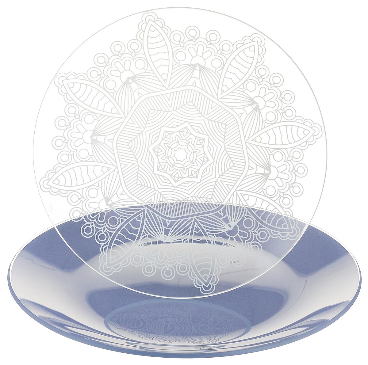 Набор тарелок NiNaGlass, цвет: голубой, диаметр 20 см, 2 шт85-200-149псНабор тарелок NiNaGlass Кружево и Палитра выполнена из высококачественного стекла, декорирована под Вологодское кружево и подстановочная тарелка яркий насыщенный цвет. Набор идеален для подачи горячих блюд, сервировки праздничного стола, нарезок, салатов, овощей и фруктов. Он отлично подойдет как для повседневных, так и для торжественных случаев. Такой набор прекрасно впишется в интерьер вашей кухни и станет достойным дополнением к кухонному инвентарю.