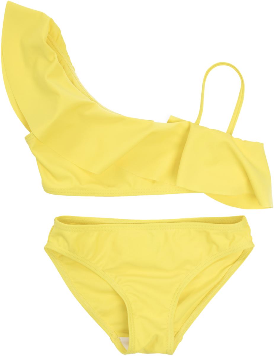Купальник раздельный для девочек PlayToday Sports, цвет: желтый. 189023. Размер 116189023Раздельный купальник из быстросохнущего и эластичного материала. Лиф асимметричного кроя, дополнен оборкой.
