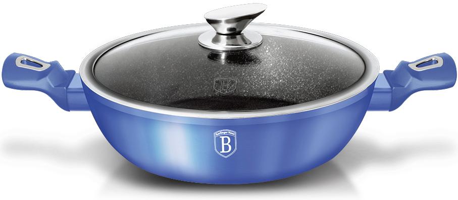 Сотейник Berlinger Haus Metallic Line, с крышкой, цвет: голубой, 3,8 л1653N-ВНСотейник Berlinger Haus Metallic Line изготовлен из кованого алюминия с высококачественным внутренним мраморным покрытием в 3 слоя.Такое покрытие предотвращает пригорание пищи и ее прилипание к стенкам. Оно абсолютно безопасно для здоровья и не выделяет вредныхвеществ во время готовки. Внешнее покрытие имеет цвет металла.Сотейник оснащен эргономичными ручками с покрытием soft-touch, которые не нагреваются в процессе приготовления пищи и не дают вашимрукам обжечься. Крышка выполнена из жаростойкого стекла, оснащена ободом и ручкой из нержавеющей стали.Посуда подходит для газовых, электрических, стеклокерамических, галогенных, индукционных плит. Можно мыть в посудомоечной машине.Высота стенки: 7,5 см.