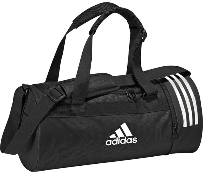 Сумка спортивная мужская Adidas Cvrt 3S Duf S, цвет: черный, 22 л. CG1532CG1532Положите свою экипировку в эту спортивную сумку, которая легкопревращаетсяв рюкзак. Множество карманов для полезных мелочей и вентилируемоеотделение для обуви. Модель выполнена из прочного полиэстера, а основаниепокрыто термопластичным эластомером для дополнительнойизносостойкости. Модель имеет основное отделение на молнии, вентилируемый отсек для обувина молнии, карман на молнии сбоку, три внутренних прорезных кармана. Для переноски предусмотрен регулируемый мягкий ремень на плечо и мягкиеручки из крупной сетки. Сумка-трансформер с конструкцией Pack2Go легко превращается в рюкзак.Модель декорирована тремя полосками и логотипом adidas.
