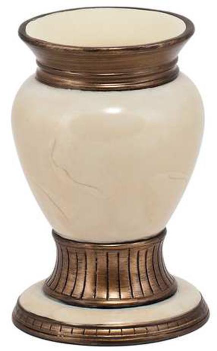 Стакан для ванной комнаты Swensa АнтикSWT-0710CСтакан Swensa Антик – изящное решение для ванной комнаты. Благодаря использованию полирезина, модель отличается повышенной прочностью, устойчивостью к бытовой химии и загрязнениям и легкостью чистки. Несмотря на внушительные размеры, стакан достаточно легкий. Изделие отличается необычным дизайном и напоминает древнюю раритетную вазу. Оригинальный стиль исполнения позволяет органично вписать его в любой интерьер.