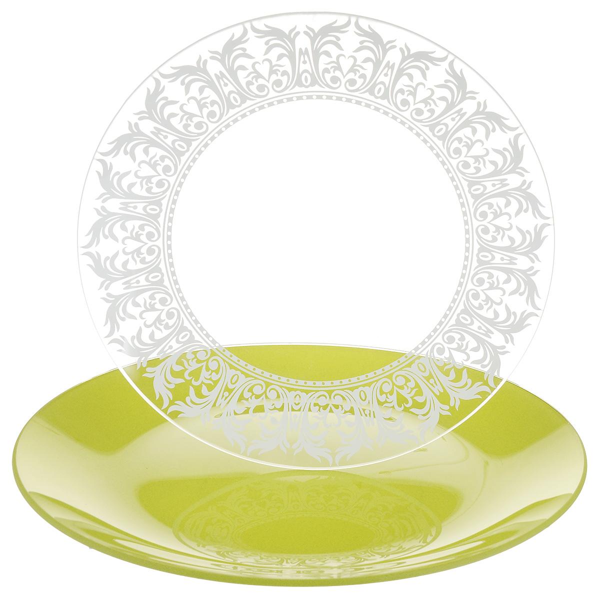 Набор тарелок NiNaGlass, цвет: зеленый, диаметр 20 см, 2 шт. 85-200-144псз85-200-144псзНабор тарелок NiNaGlass Кружево и Палитра выполнена из высококачественного стекла, декорирована под Вологодское кружево и подстановочная тарелка яркий насыщенный цвет. Набор идеален для подачи горячих блюд, сервировки праздничного стола, нарезок, салатов, овощей и фруктов. Он отлично подойдет как для повседневных, так и для торжественных случаев. Такой набор прекрасно впишется в интерьер вашей кухни и станет достойным дополнением к кухонному инвентарю.