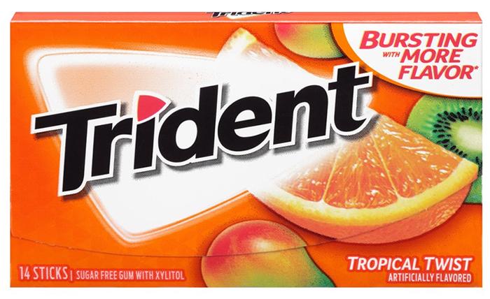 Trident Tropical Twist жевательная резинка, 25,2 г ментос pure fresh tutti frutti жевательная резинка 54 г