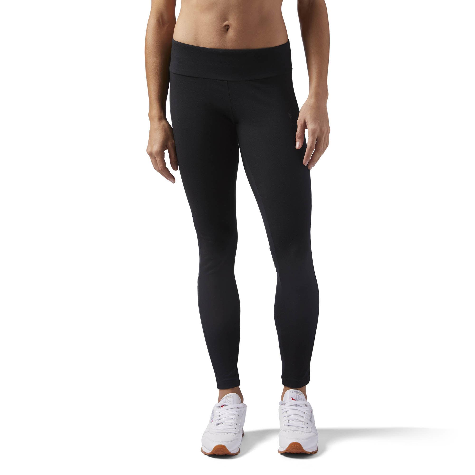 Леггинсы женские Reebok F Logo Legging, цвет: черный. CD8233. Размер S (42/44)CD8233Леггинсы от Reebok выполнены из эластичного хлопка. Модель облегающего кроя с эластичным поясом на талии.