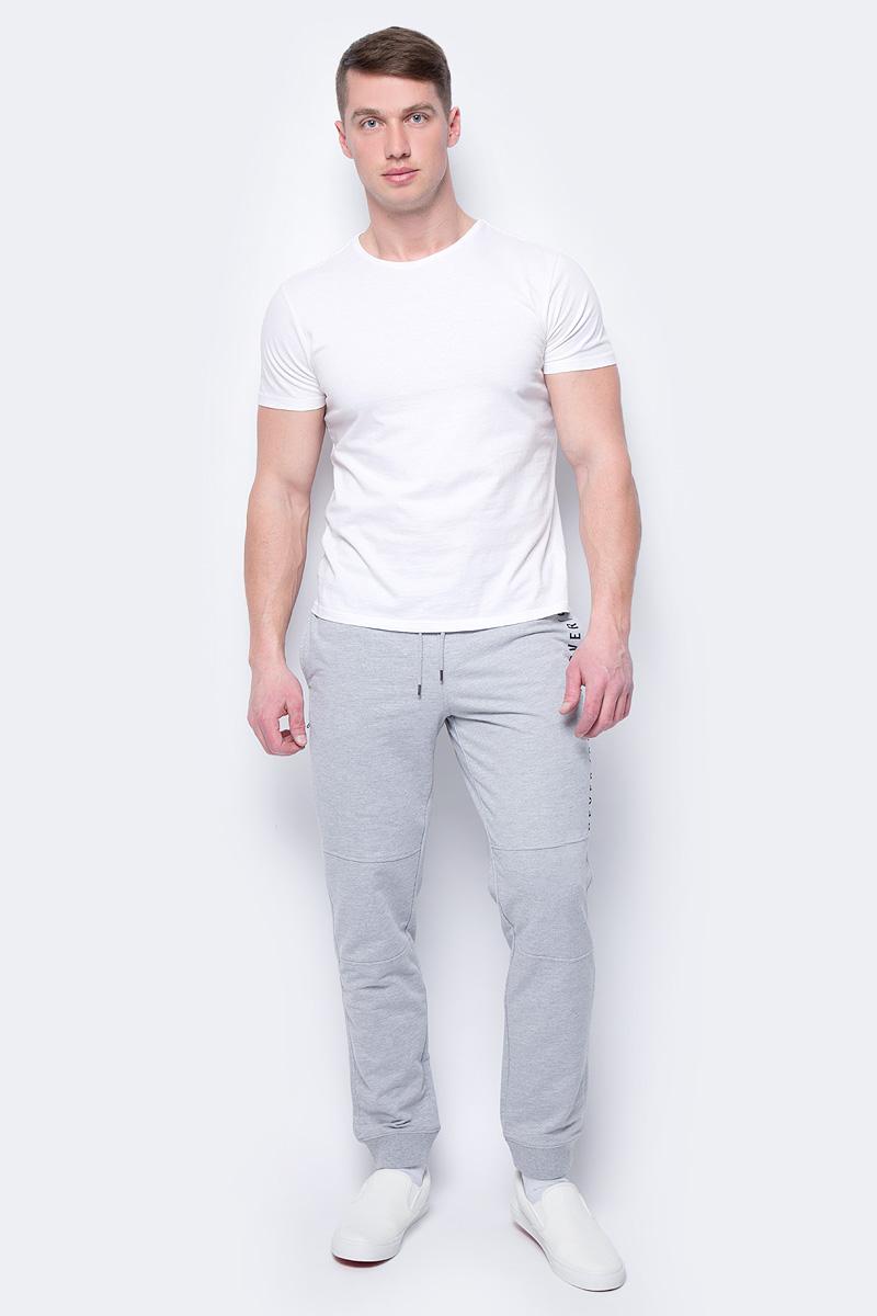 Брюки мужские Sela, цвет: серый меланж. Pk-415/016-8112. Размер XS (44)Pk-415/016-8112Спортивные брюки от Sela выполнены из хлопкового трикотажа с добавлением полиэстера. Модель на талии дополнена эластичной резинкой и затягивающимся шнурком.