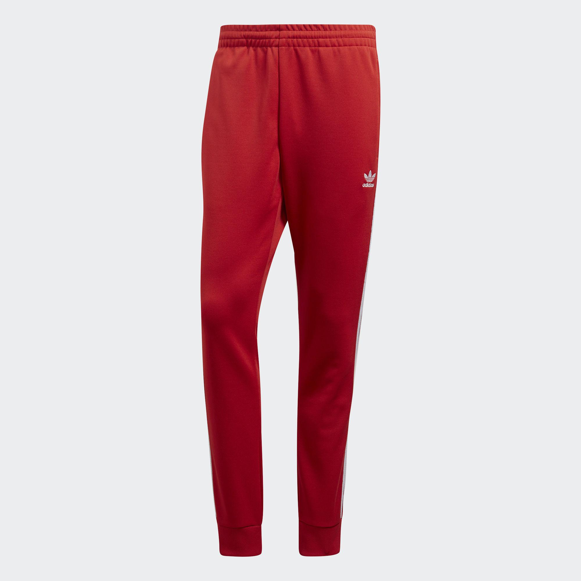 Брюки спортивные мужские adidas Sst Tp, цвет: красный. CW1276. Размер XL (56/58) брюки спортивные мужские adidas windfleece p цвет синий ai9330 размер 46
